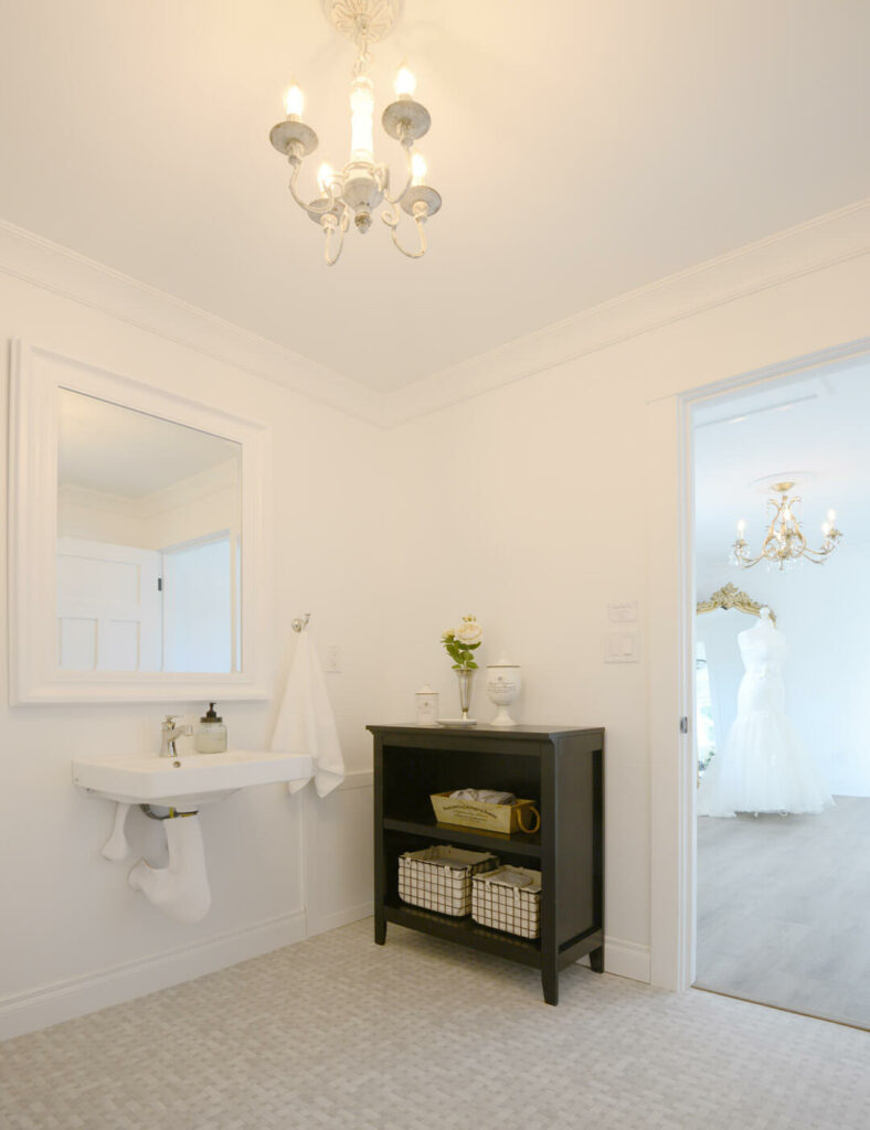 Bridal Cottage private bath